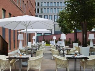 H10 Berlin Ku'damm Hotel Berlin - Balkon/Terrasse