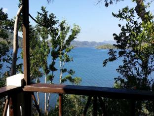 Discovery Island Resort and Dive Center Coron - View