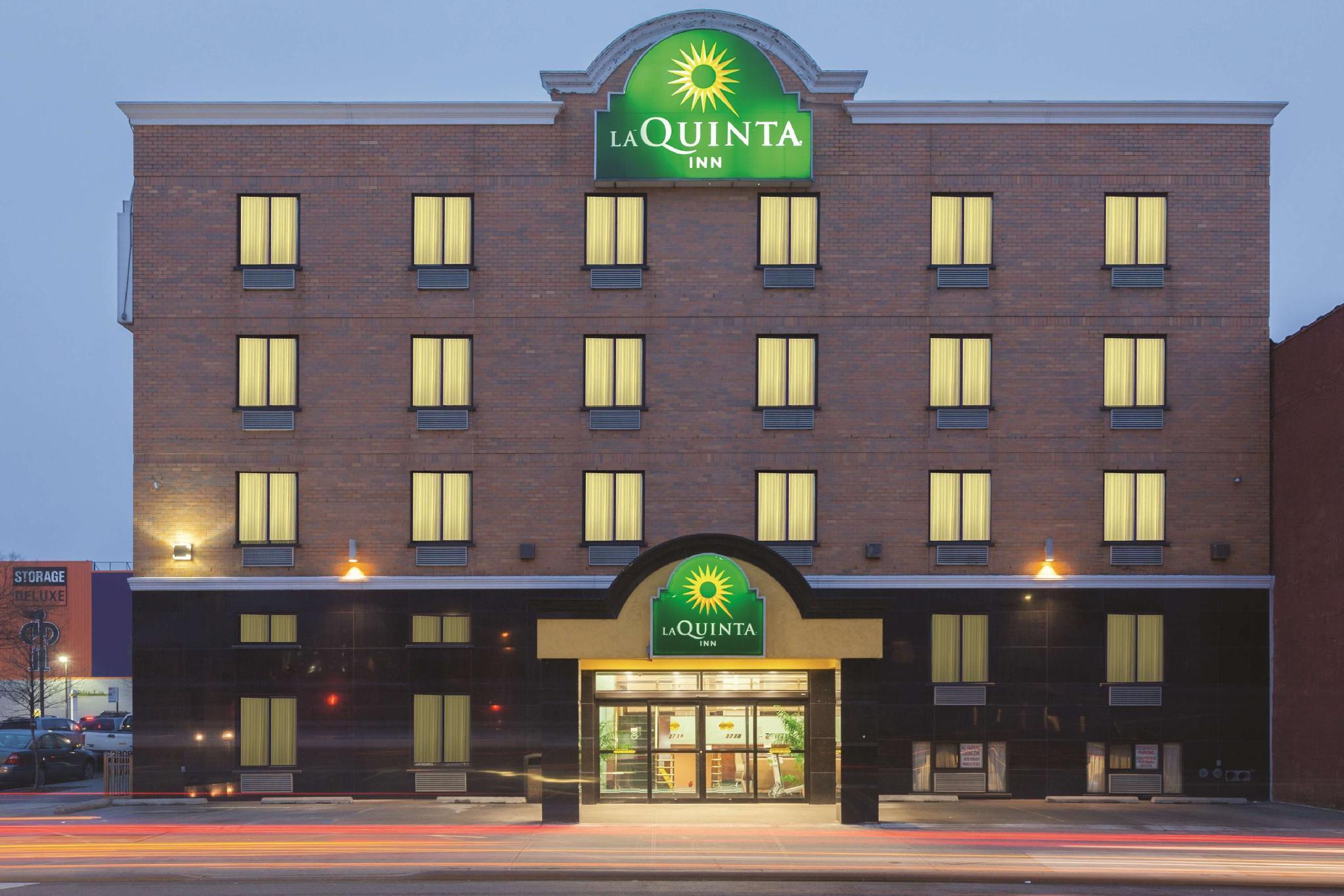 La Quinta Inn By Wyndham Queens  New York City