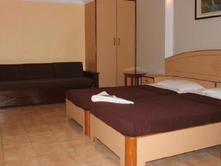 Amigo Plaza Hotel South Goa - Deluxe Room