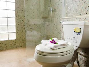 普吉岛可可维尔酒店 普吉岛 - 卫浴间