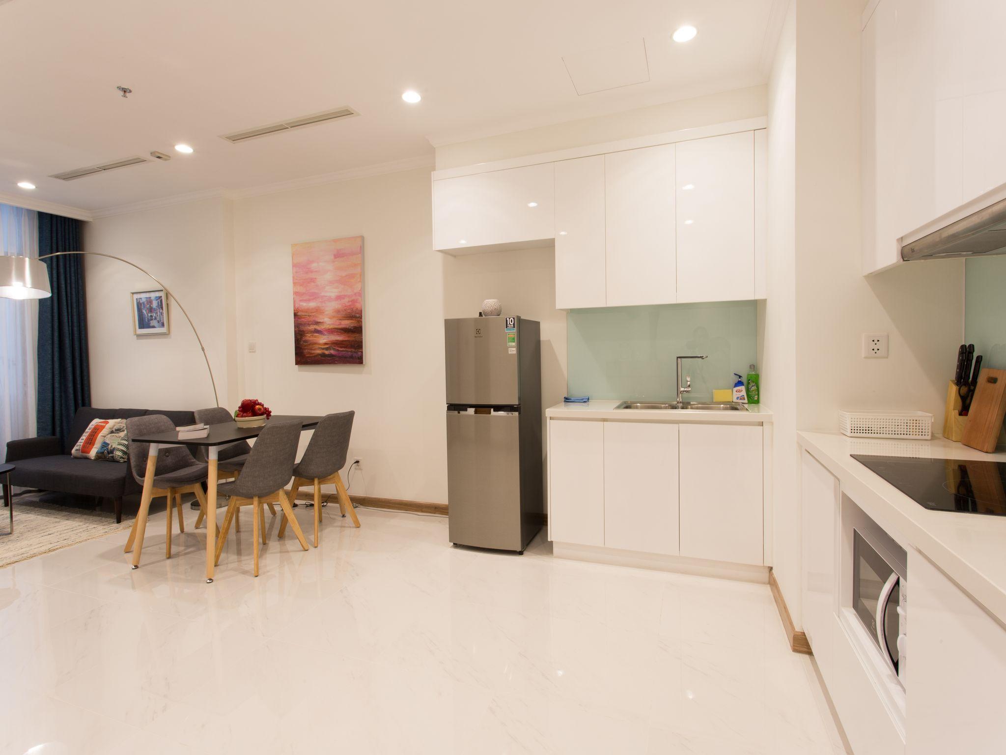 1703 Vinhomes Central Park  Tan's Apartment