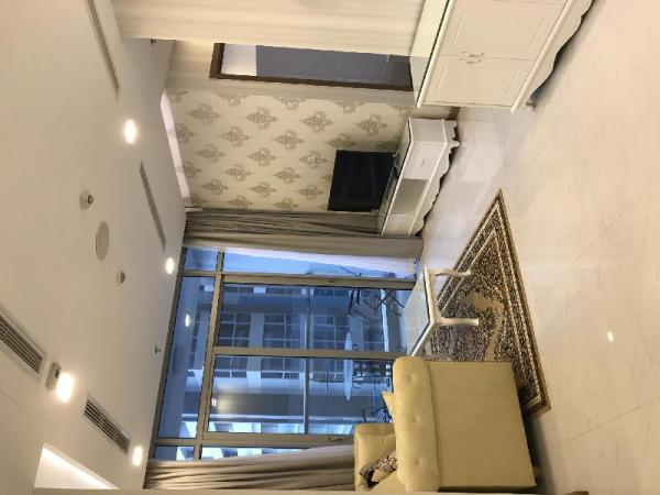 2BR LUXURY, PARK VIEW, NEAR CENTER, FREE GYM &POOL Ho Chi Minh City