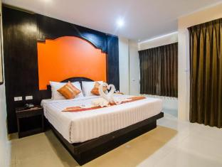 FunDee Boutique Hotel Patong Phuket - Deluxe Room