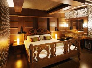 Victoria Court Malate Motorist Lodge Manila - Modern Africa - Superior Deluxe