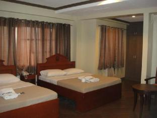 Blue Velvet Hotel & Cafe Davao City - Guest Room