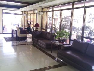 Blue Velvet Hotel & Cafe Davao City - recepcija