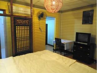 Mad House Phnom Penh - Suite Room