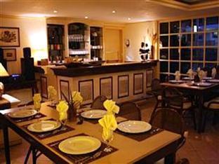 Villa Margarita Hotel Davao City - מסעדה