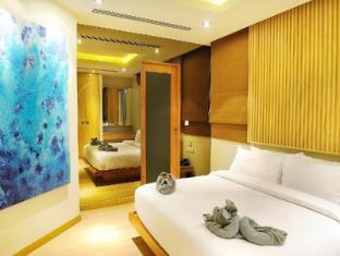 Beachfront Phuket Hotel Phuket - Crystal Sand Suite