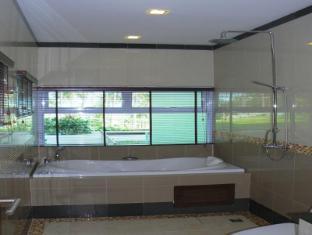 Grand Hill Residence Samui - Deluxe Superior - Bathroom