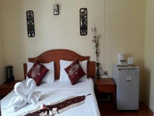 Patong Rose Guesthouse Phuket - Gästrum