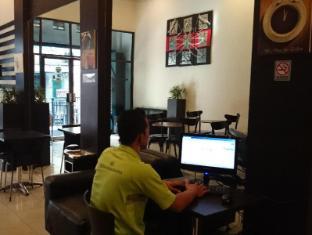 Wisma Sederhana Budget Hotel Medan - Vestíbul