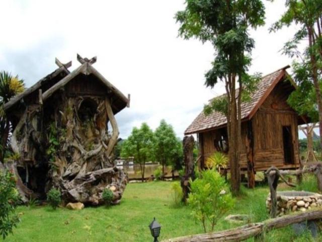 ถ้ำผา ทาร์ซาน ริเวอร์แคว รีสอร์ท – Cave Cliff Tarzan River Kwai Resort