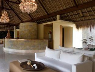 Komaneka at Rasa Sayang Ubud Hotel Bali - Lobby