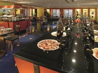 Madinah Moevenpick Hotel Medina - Buffet