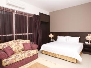 Cherengin Hills Convention & Spa Resort Janda Baik - Suite Room