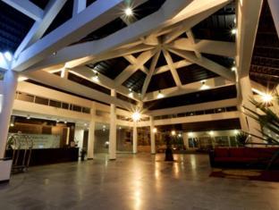Cherengin Hills Convention & Spa Resort Janda Baik - Lobby