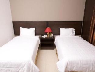 Cherengin Hills Convention & Spa Resort Janda Baik - Superior Room