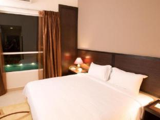 Cherengin Hills Convention & Spa Resort Janda Baik - Deluxe Room