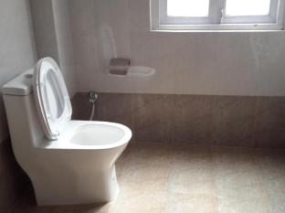 Kathmandu Madhuban Guest House Kathmandu - Bathroom
