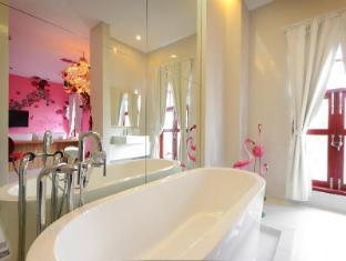 Pimnara Boutique Hotel Phuket - Deluxe room