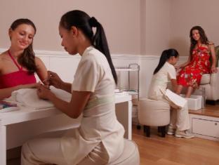 The Chateau Spa & Organic Wellness Resort Bentong - Pedi & Medi Treatment