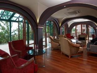 The Chateau Spa & Organic Wellness Resort Bentong - Le Rouge - Lobby Lounge