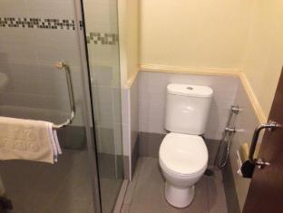 My Hotel @ Bukit Bintang Kuala Lumpur - Bathroom