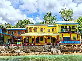 picture 1 of Capt. Hook's Red Parrot Inn