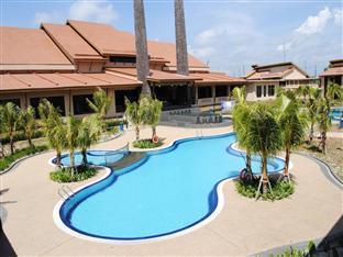 Felda Residence Tanjung Leman Mersing - Kolam renang