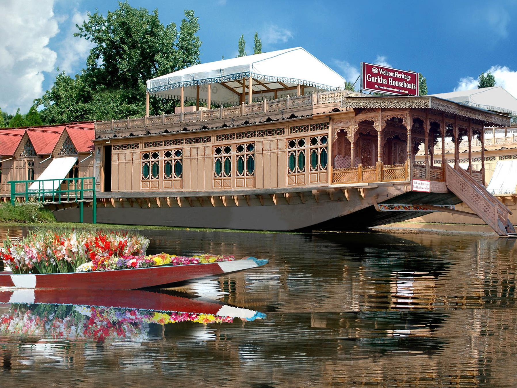 WelcomHeritage Gurkha Houseboat