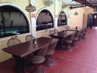 Phoenix Hotel Angeles / Clark - Restaurant