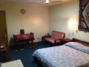 Phoenix Hotel Angeles / Clark - Guest Room
