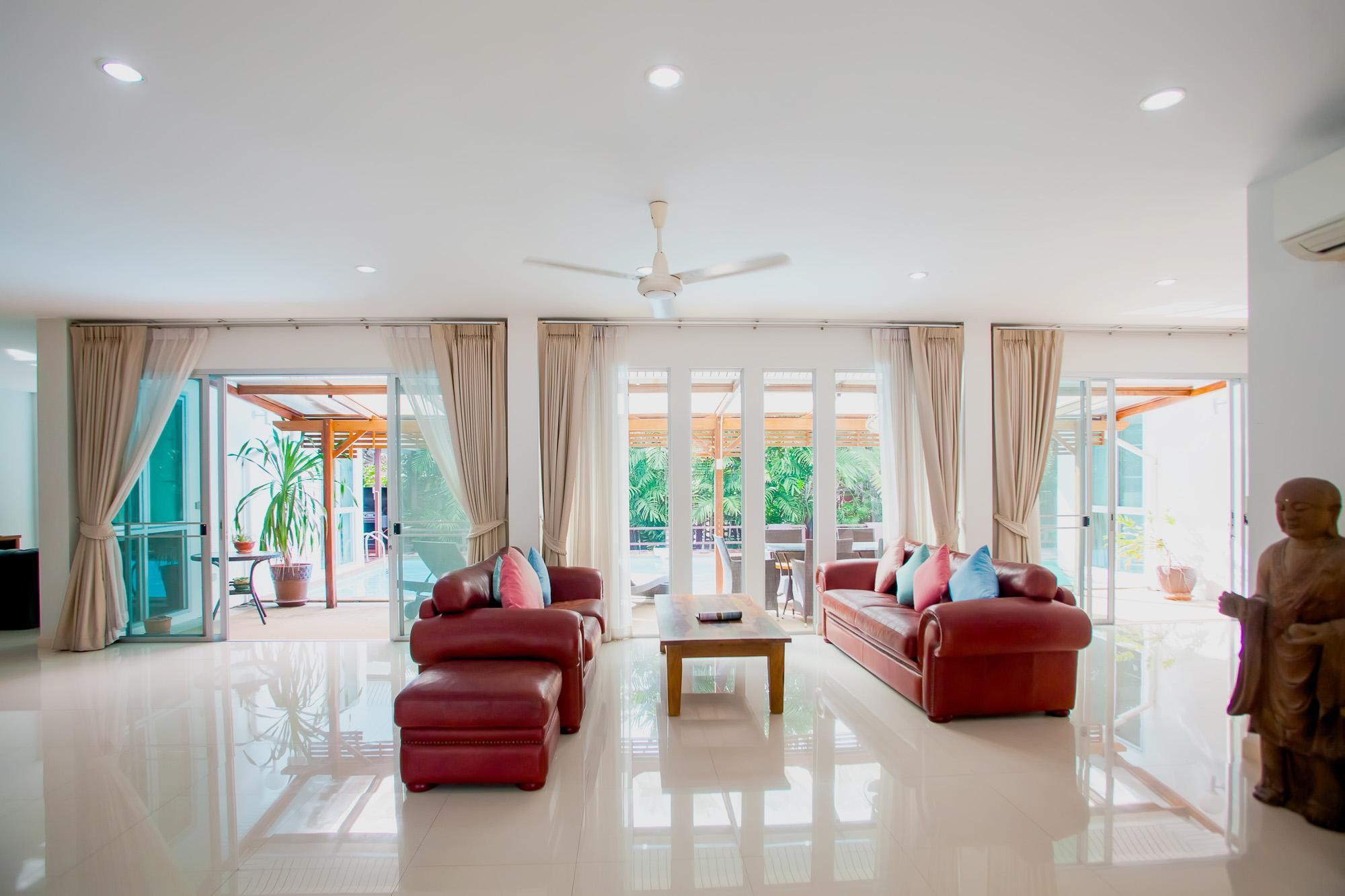 Na Thai Villa นาไทย วิลลา