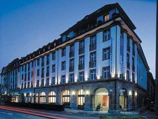 /sv-se/royal-hotel/hotel/basel-ch.html?asq=vrkGgIUsL%2bbahMd1T3QaFc8vtOD6pz9C2Mlrix6aGww%3d