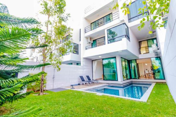 Seaview 3 Bedrooms villa in Rawai Beach Phuket
