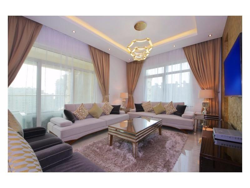 Palm Jumeirah Lavish Three Bedrooms In Al Nabat