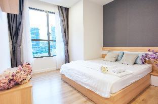 Taga Home ICON56 Standard 3 Bedroom Apartment 2