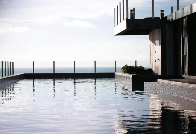 เบส อพาร์ตเมนต์ บีช สกาย พูล แฟมิลี รูม ดับเบิลยู99 2.1 – Base Apartment  Beach Sky Pool Family Room W99 2.1