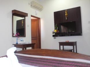 Hotel Sanur Indah Bali - Tv set