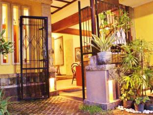Hotel Sanur Indah Bali - view front desk