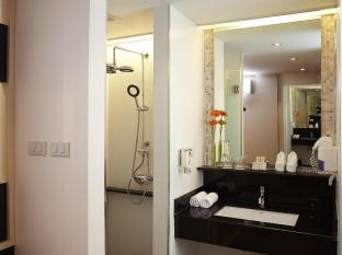Citypoint Hotel Bangkok - Deluxe Bathroom