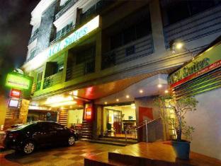 ACL Suites Manila - Entrance