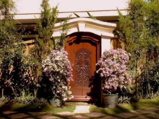 Bali Emerald Villa