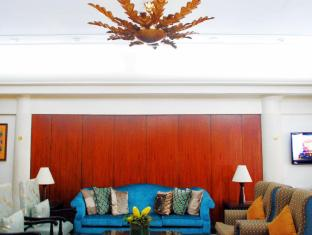 Century Hotel Angeles / Clark - Lobby