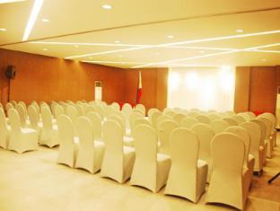 Century Hotel Angeles / Clark - Meeting Room