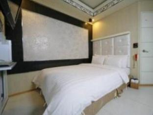 Hit Hotel Seoul - Guest Room