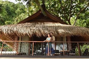 picture 2 of El Nido Resorts - Pangulasian Island
