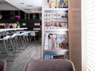 Ovolo West Kowloon Hong Kong - Coffee Shop/Cafe